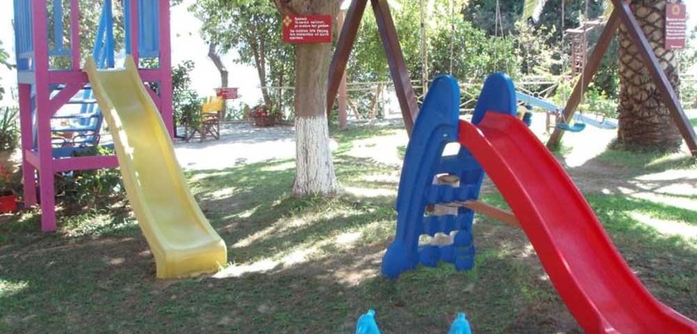 Εξωτερικοί χώροι Παιδική χαρά2