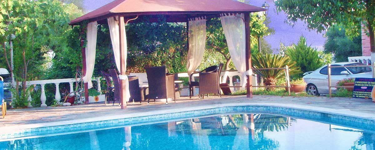 Εξωτερικοί χώροι Villa Pappas Ξενοδοχείο ενοικιαζόμενα διαμερίσματα Πρέβεζα