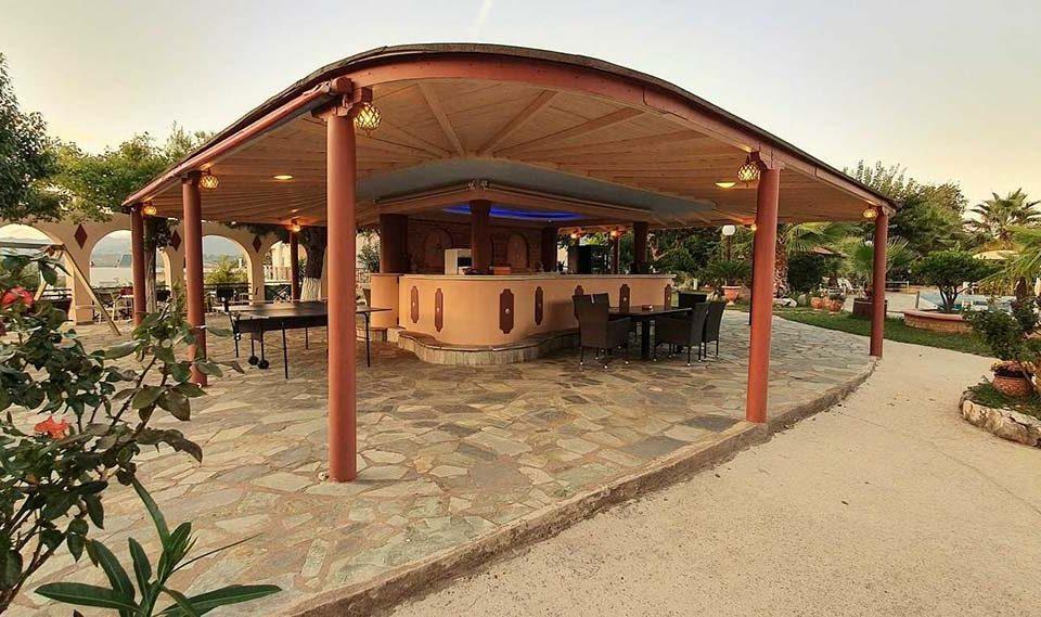 εξωτερικοί χώροι villa pappas 1
