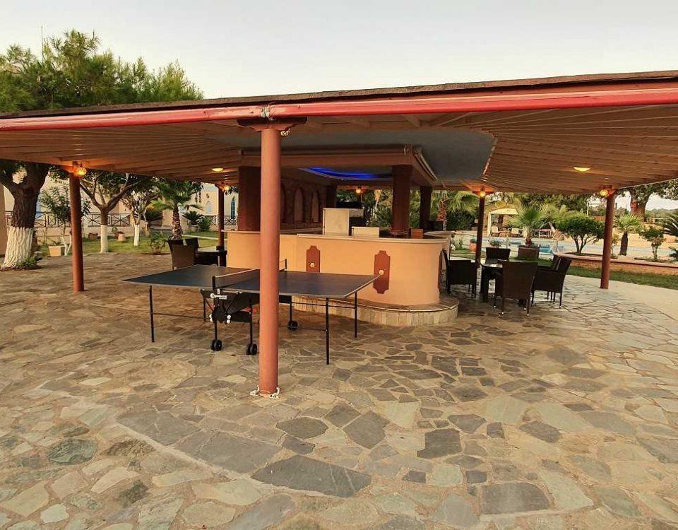 εξωτερικοί χώροι villa pappas 2